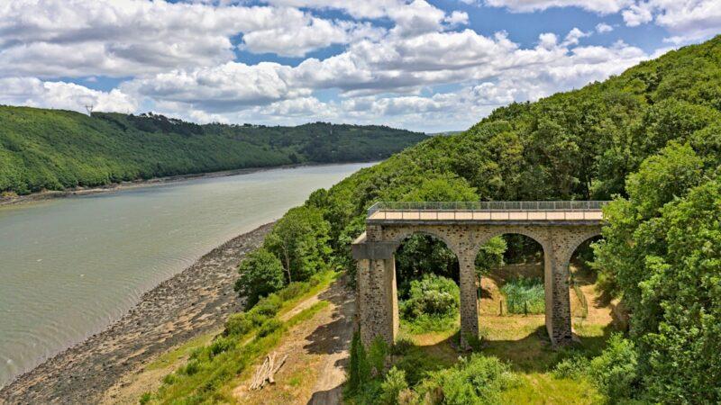 Le Pont-de-Térénez les restes de l'ancien
