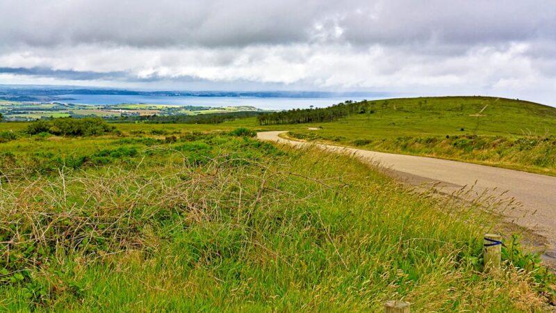 La baie de Douarnenez depuis le Menez-Hom