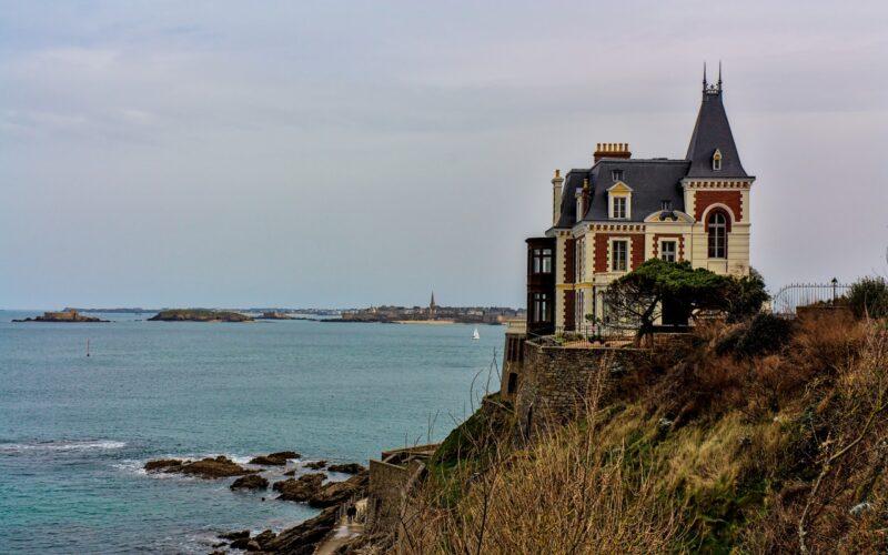 La Villa des Roches Brunes de Dinard