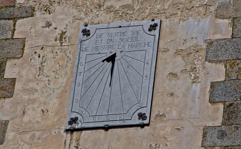 Cadran solaire vu des remparts de Saint-Malo